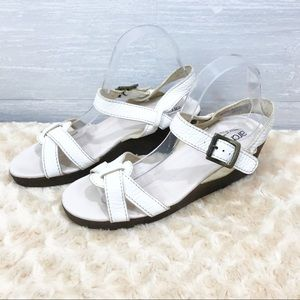 Arche women's leather sandal Size 40